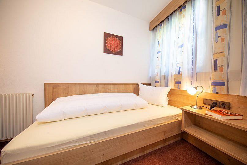 Alpenstern-Appartement-Einzelzimmer