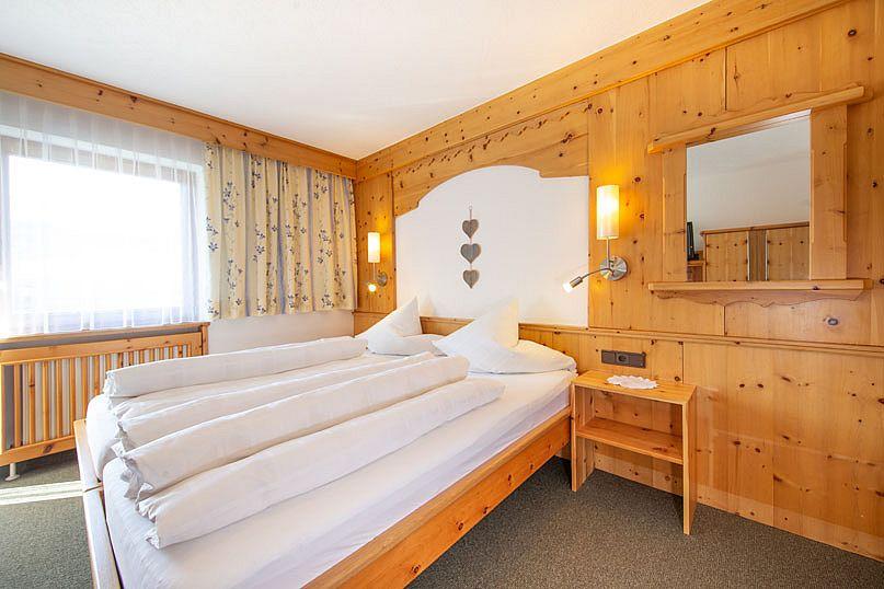 Alpenstern-Doppelzimmer-Ferienwohnung