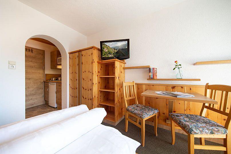 Alpenstern-Ferienwohnung-Sitzecke