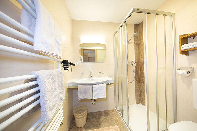 Alpenstern-Ferienwohnung-Badezimmer