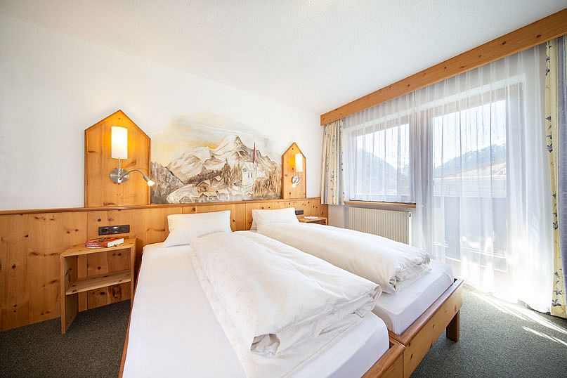 Alpenstern-Appartement-Doppelzimmer